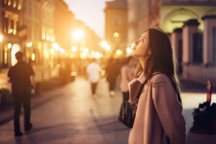 nők a városban, hogy megfeleljen lille barát honlapján